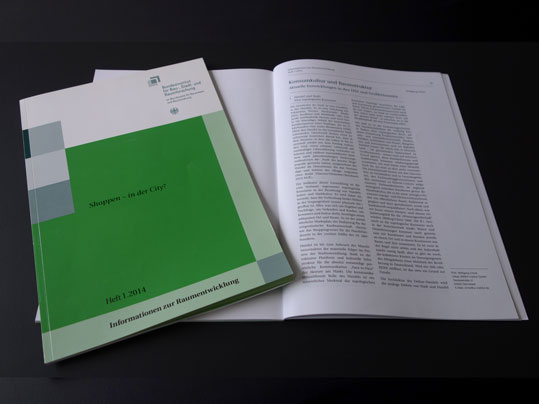 UII_PBL_Wolfgang-Christ_Konsumkultur-Raumstruktur_Cover_539_hell1
